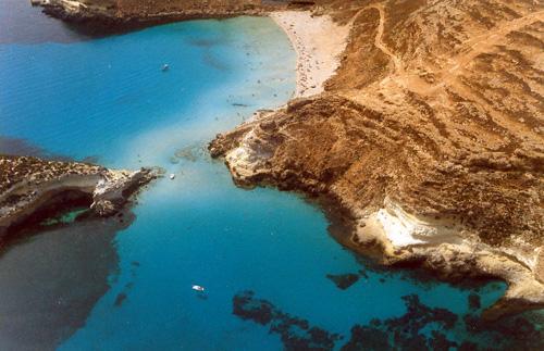 Anflug Lampedusa vorbei an der Isola Dei Conigli